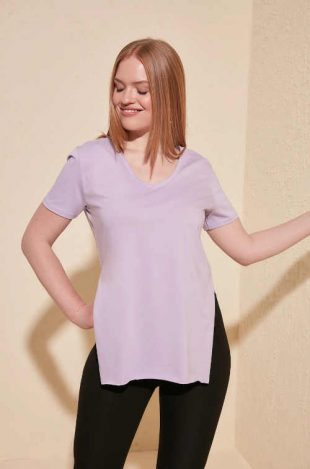 Női modern pamut póló oldalsó hasítékkal